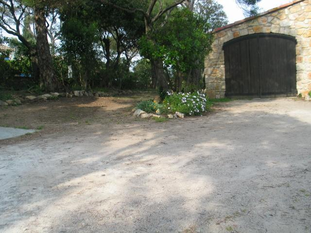 The parking and the garage for a car