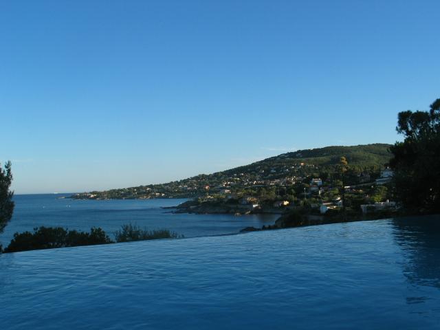 La vue panoramique sur la méditerranée